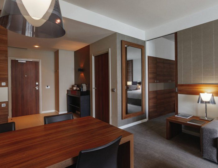 Superior suite with double bed and sofa (sea view) - Отель «Pullman Sochi Centre»